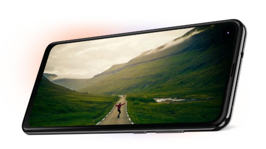 Motorola One Action Display
