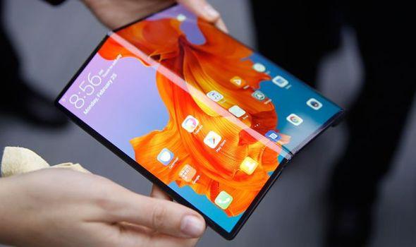 Huawei Mate X Review