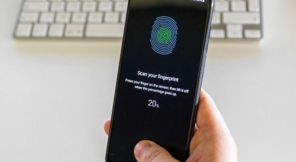 Samsung Galaxy A50 Update Improves Fingerprint Sensor