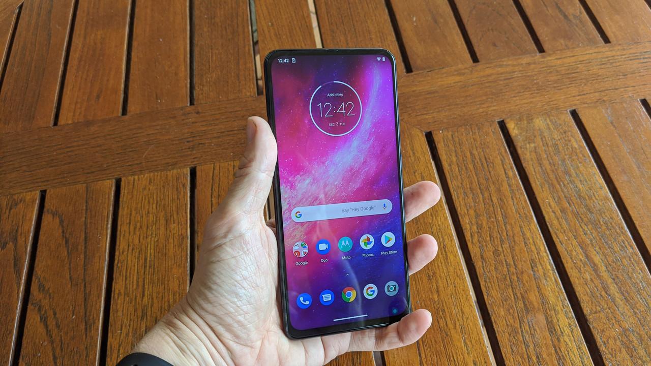 Motorola One Hyper Display